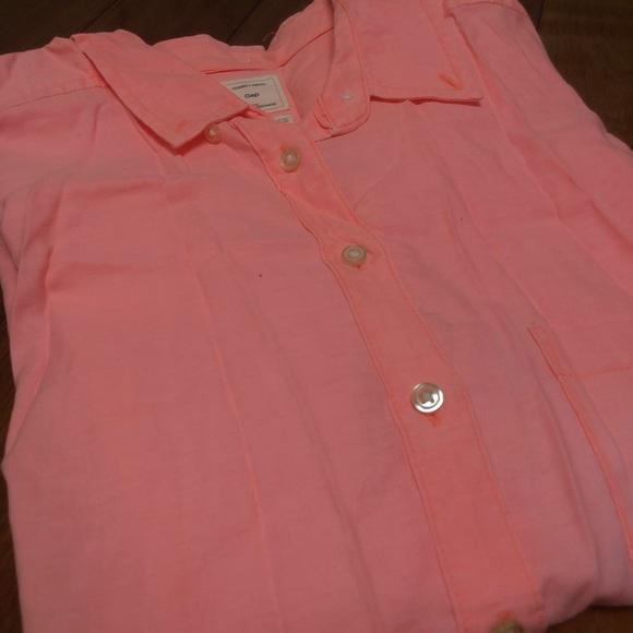 GAP coral button down shirt
